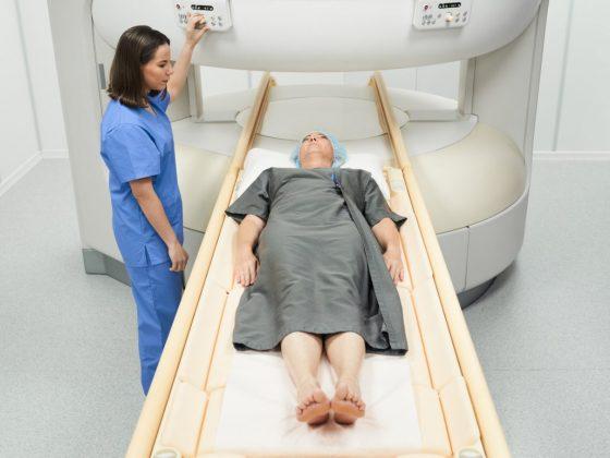 Procedimiento de una resonancia magnética de cadera