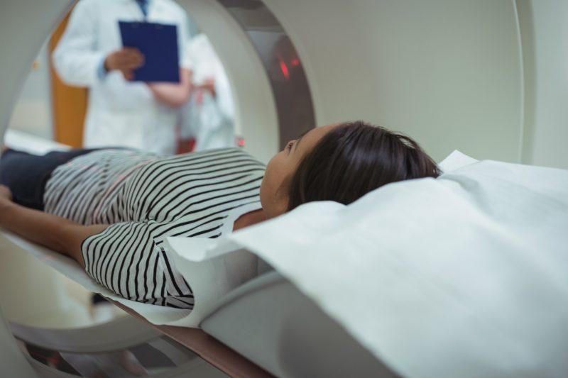 Tomografia komputerowa jamy brzusznej - jak przebiega, jak się przygotować